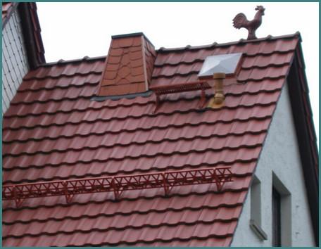 Какая металлочерепица лучше для крыши, отзывы-1
