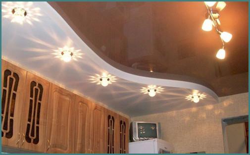 Двухуровневые натяжные потолки на кухне, анализ-2